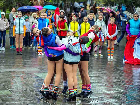 В Новосибирске прошел фестиваль молодежи и экологический воскресник