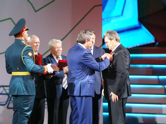 Новосибирская область торжественно отметила 80-летие
